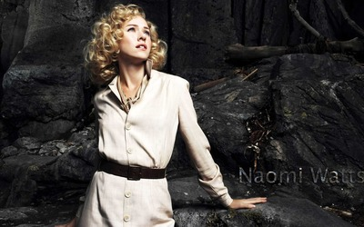 Naomi Watts [8] wallpaper