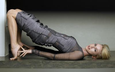 Naomi Watts [2] wallpaper