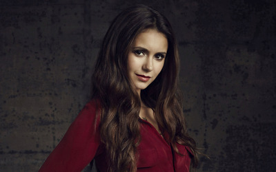 Nina Dobrev [34] wallpaper