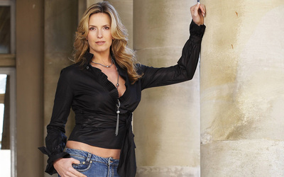 Penny Lancaster [2] wallpaper