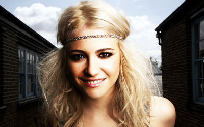Pixie Lott [25] wallpaper