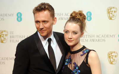 Saoirse Ronan and Tom Hiddleston wallpaper