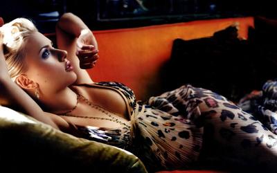Scarlett Johansson [7] wallpaper