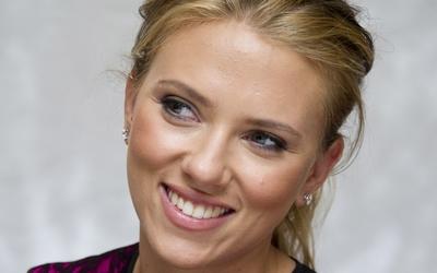 Scarlett Johansson [55] wallpaper
