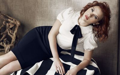 Scarlett Johansson in a dark blue and white dress wallpaper