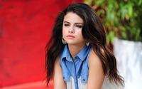Selena Gomez [60] wallpaper 1920x1200 jpg