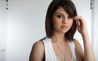 Selena Gomez [14] wallpaper 1920x1200 jpg