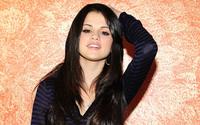 Selena Gomez [8] wallpaper 1920x1200 jpg