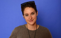 Shailene Woodley [12] wallpaper 1920x1200 jpg