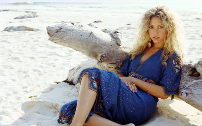 Shakira [27] wallpaper