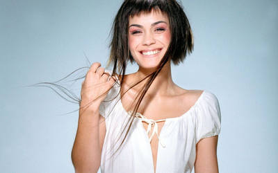Shannyn Sossamon [2] wallpaper