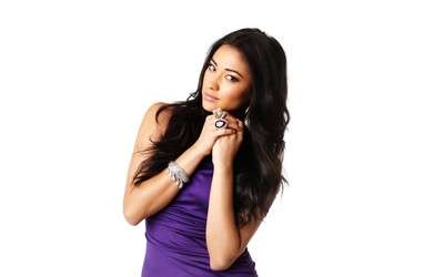 Shay Mitchell [8] wallpaper