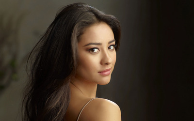 Shay Mitchell [9] wallpaper