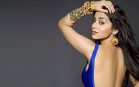 Shriya Saran wallpaper 2560x1600 jpg