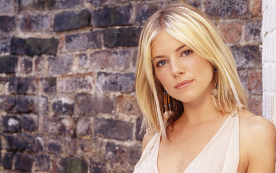 Sienna Miller [16] wallpaper