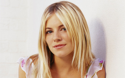 Sienna Miller [23] wallpaper