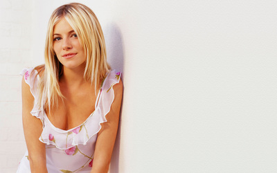 Sienna Miller [7] wallpaper