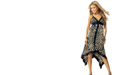 Silvie Van Der Vaart smiling in a long dress wallpaper