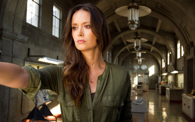 Summer Glau [20] wallpaper