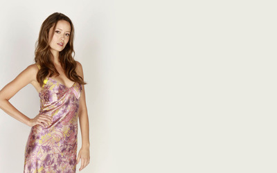 Summer Glau with a hand on her hip wallpaper