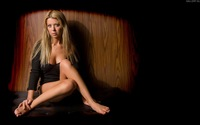 Tara Reid wallpaper 1920x1080 jpg