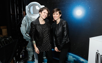 Tegan and Sara [11] wallpaper