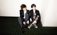 Tegan and Sara [4] wallpaper 1920x1200 jpg
