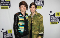 Tegan and Sara [12] wallpaper 1920x1200 jpg