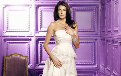 Teri Hatcher in white dress wallpaper