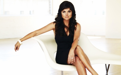 Tiffani-Amber Thiessen [5] wallpaper