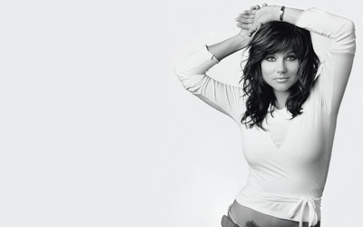 Tiffani-Amber Thiessen [6] wallpaper