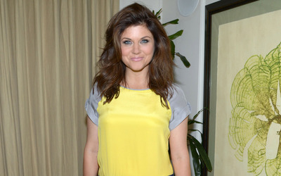 Tiffani Thiessen wallpaper