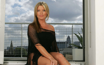 Tina Hobley wallpaper
