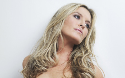 Tina Hobley [6] wallpaper