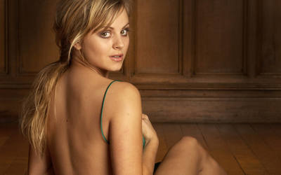 Tina O'Brien wallpaper