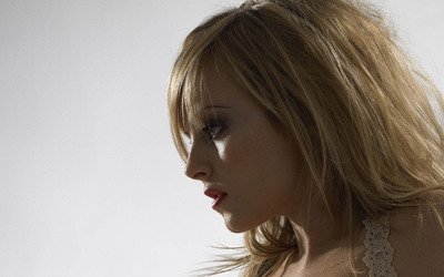 Tina O'Brien [32] wallpaper