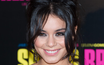 Vanessa Hudgens [42] wallpaper