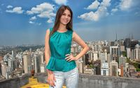Victoria Justice in on the roof wallpaper 2560x1600 jpg