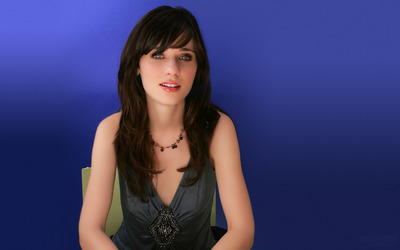 Zooey Deschanel [4] wallpaper