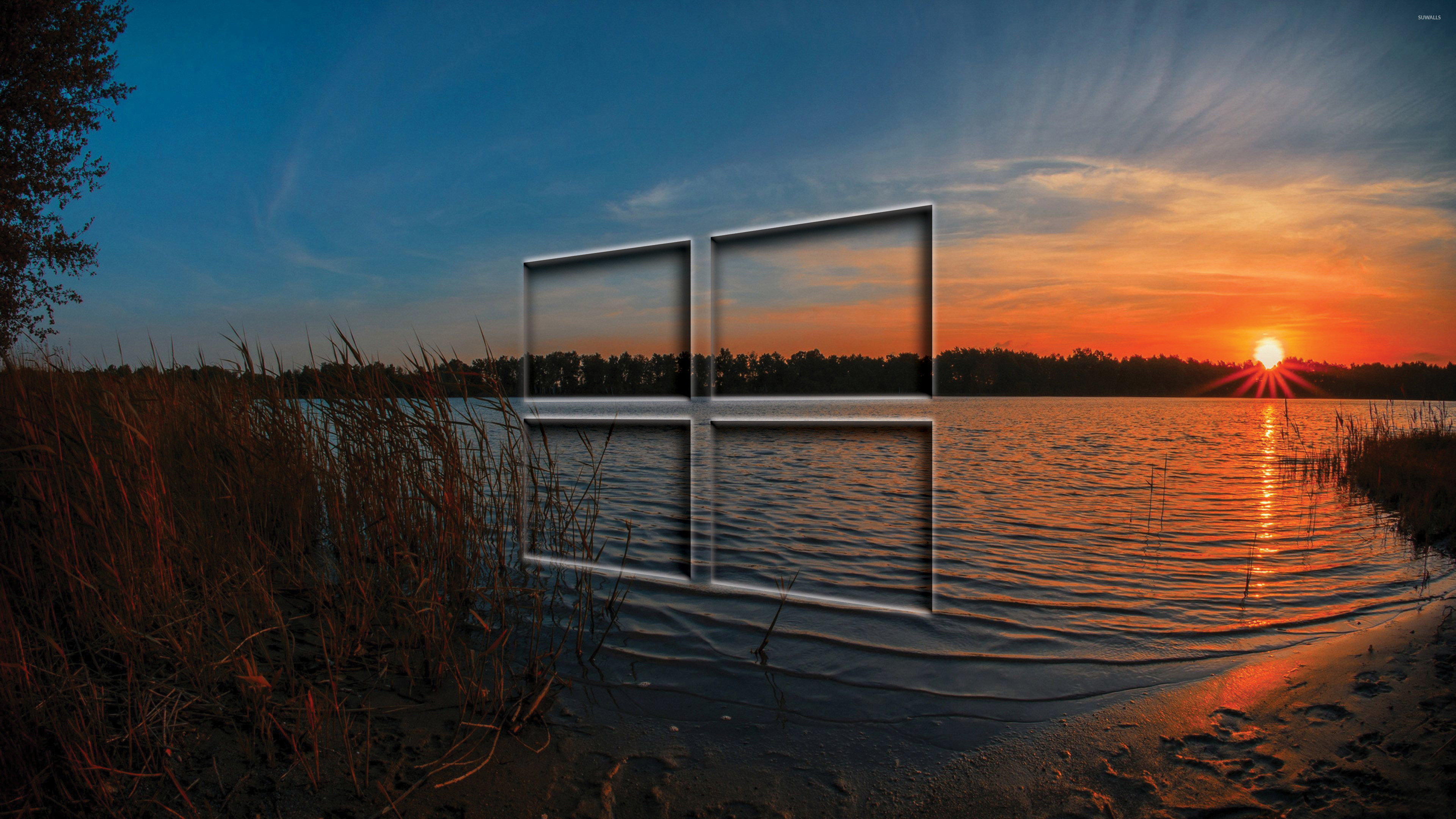Windows 10 Transparent Logo In The Sunset Wallpaper