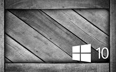 Windows 10 on a gray wooden crate [5] wallpaper