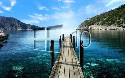 Windows 10 on a pier glass logo wallpaper