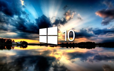 Windows 10 on the reflected clouds [4] wallpaper