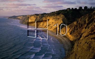 Windows 10 on the shore glass logo [2] wallpaper