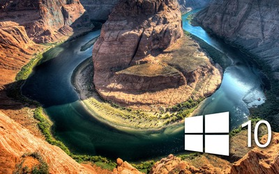Windows 10 over the canyon simple logo Wallpaper