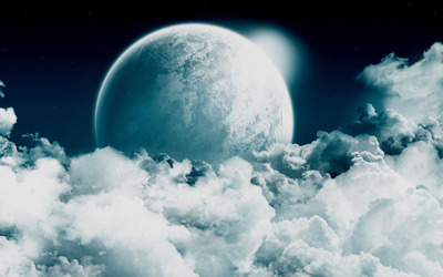 Moon rising from the clouds wallpaper