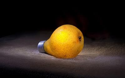 Pear bulb Wallpaper