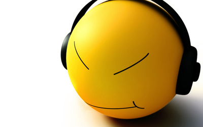 Smiley face with headphones wallpaper