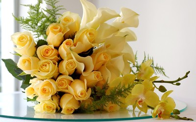 Yellow roses, calla lilies and orchids wallpaper