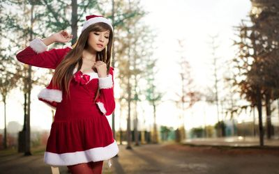 Agnes Lim in a Christmas costume wallpaper
